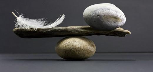 Feder-Stein als Symbol für die Leere danach