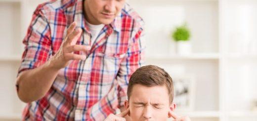 schimpfender Vater