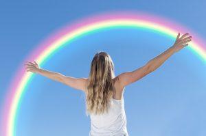 guter Zustand- Frau mit Regenbogen